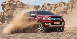 ford-everest-red-front-side