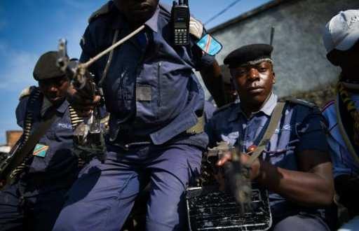 Des policiers congolais assis à l'arrière d'un pick-up à Goma, dans l'est de la RDCongo, le 2 décembre 2012. | AFP/Archives | PHIL MOORE