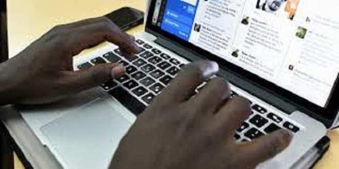Les arnaqueurs sur l'internet (photo d'illustration)
