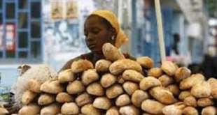 Une vendeuse de pain (photo d'illustration)