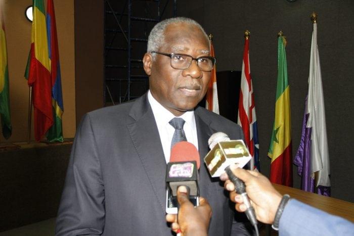 Mamadi Touré, ministre des affaires étrangères lors d'un entretien avec la presse jpg