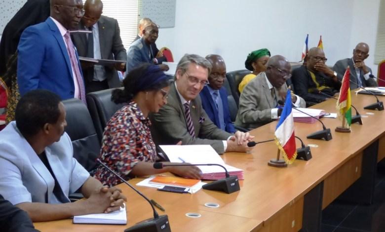 Signature d'une convention de prêt concessionnel accordé par l'AFD et la Banque mondiale