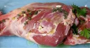 Un morceau de viande de mouton