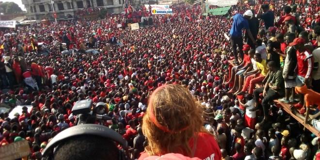 Grandiose manifestation des opposants au 3e mandat