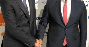 Tony O. Elumelu, CON, Promoteur de la Fondation Tony Elumelu et Président du Groupe United Bank for Africa (UBA) avec Bruno Le Maire, Ministre Français de l'Économie et des Finances