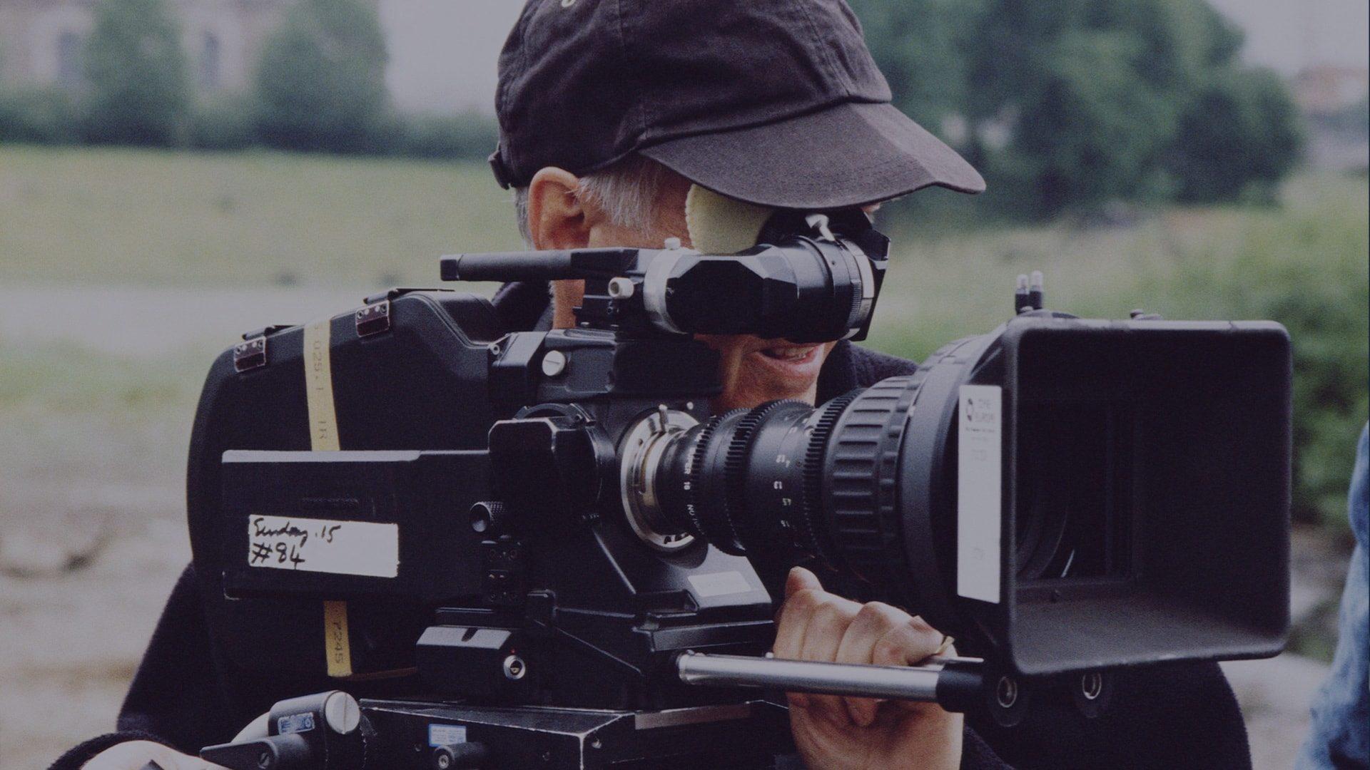 Como fazer um vídeo para capa de facebook do seu negócio: Guia Completo