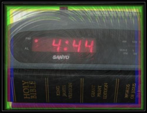 clock444