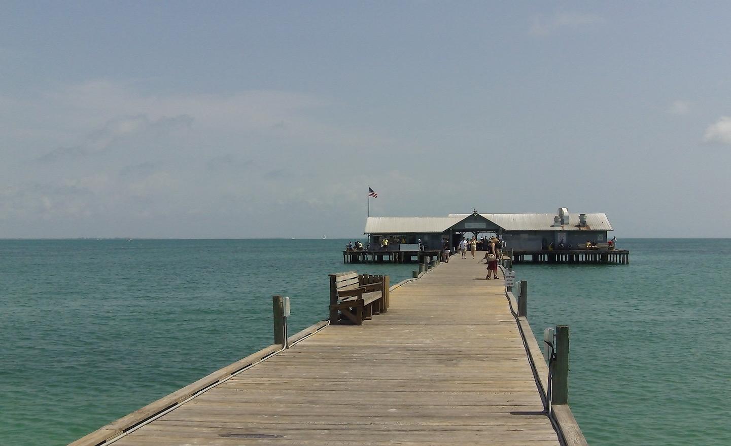 Anna maria island living for Anna maria island fishing pier
