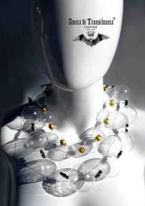 collana trasparente