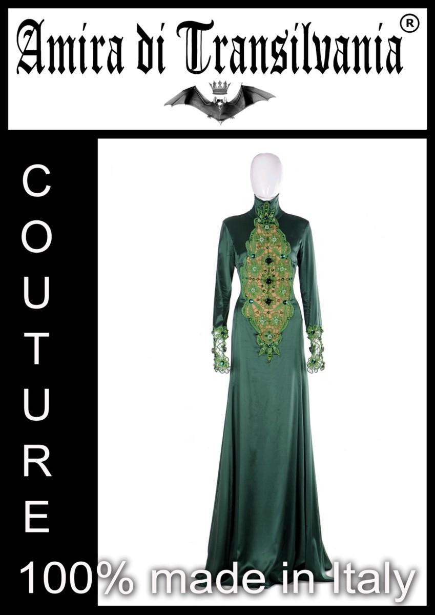 Abito couture in seta verde con macramè e strass . 100% made in italy