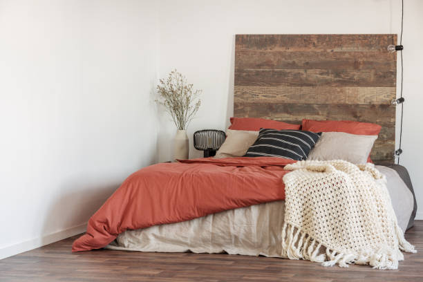 Guide about King Headboards and Upholstery Repair Services in UAE
