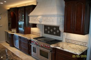 Kitchen Cabinet Features Galore
