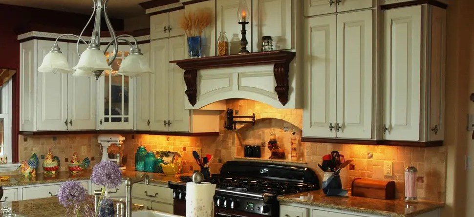 amish-cabinets-texas-kitchen