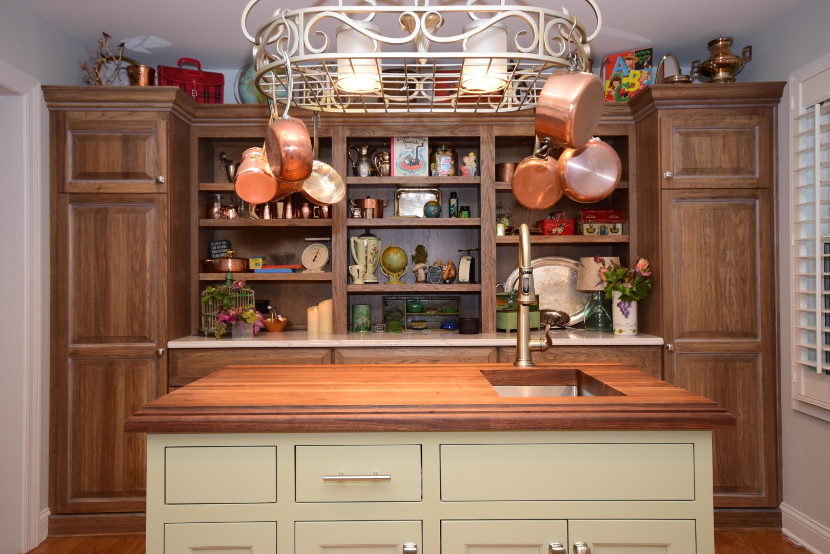 amish kitchen cabinets chicago round wooden table pictures archive custom kitchens