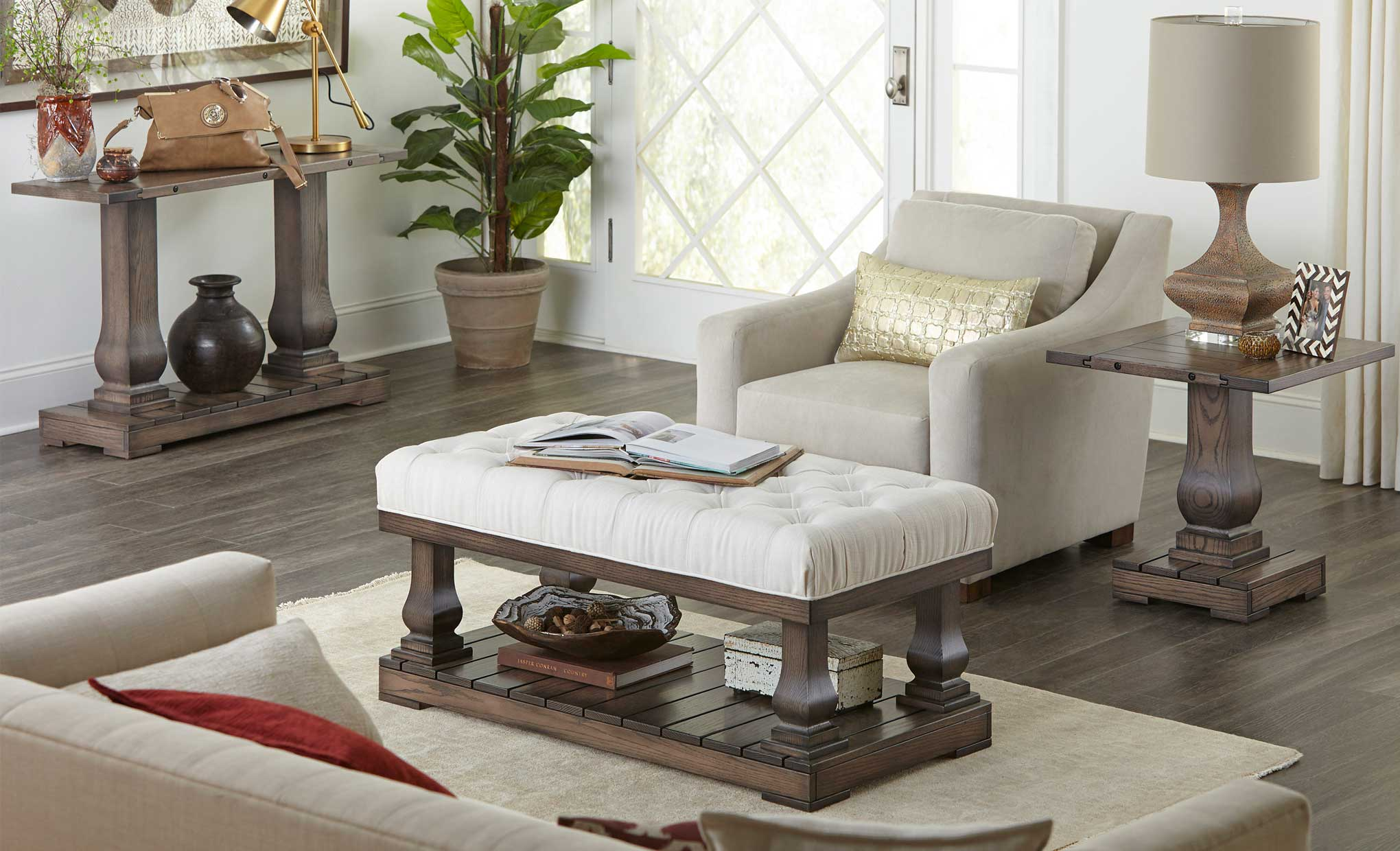 imperial open coffee table with cushion