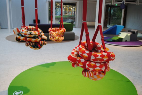 Exposition-PlayWithDesign-sur-Playtime-Paris-MATHILDE-BRETILLOT-COCOON