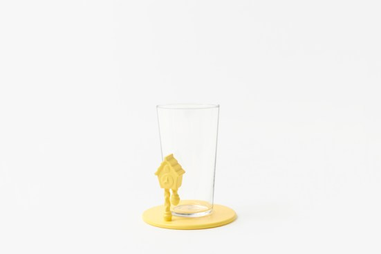 pooh-glassware_coaster03_copyright_Disney