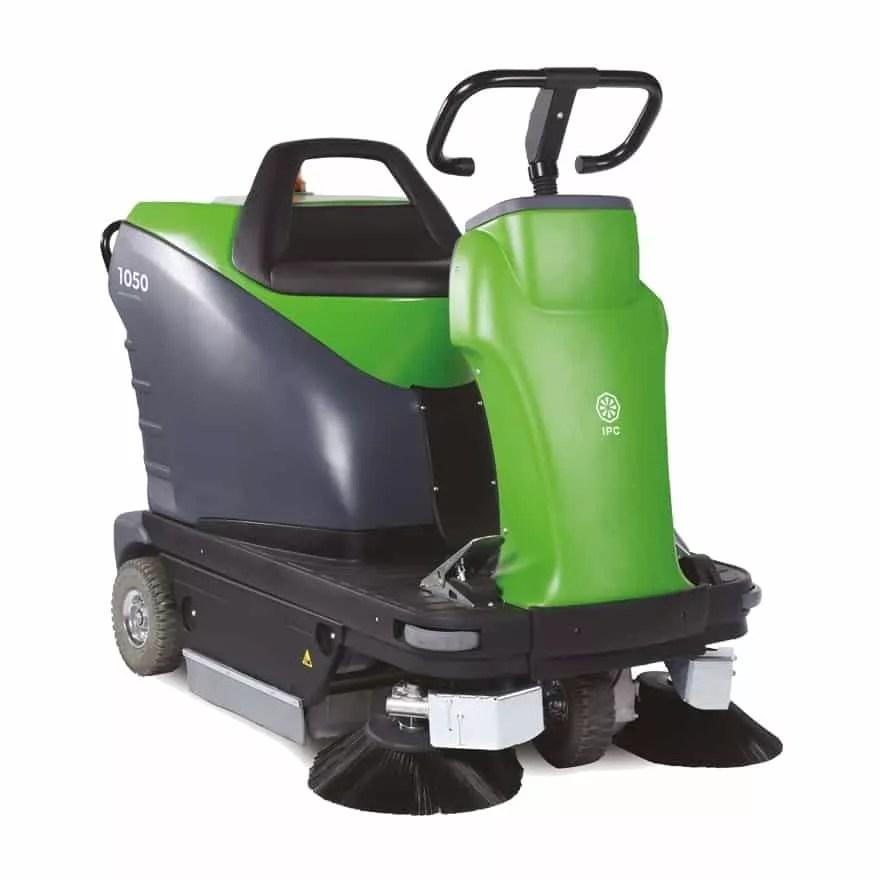 ipc-1050-floor-sweeper-rider-aml-equipment