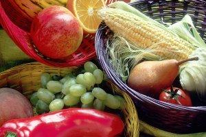 17443-fruit-and-vegetables-basket-pv