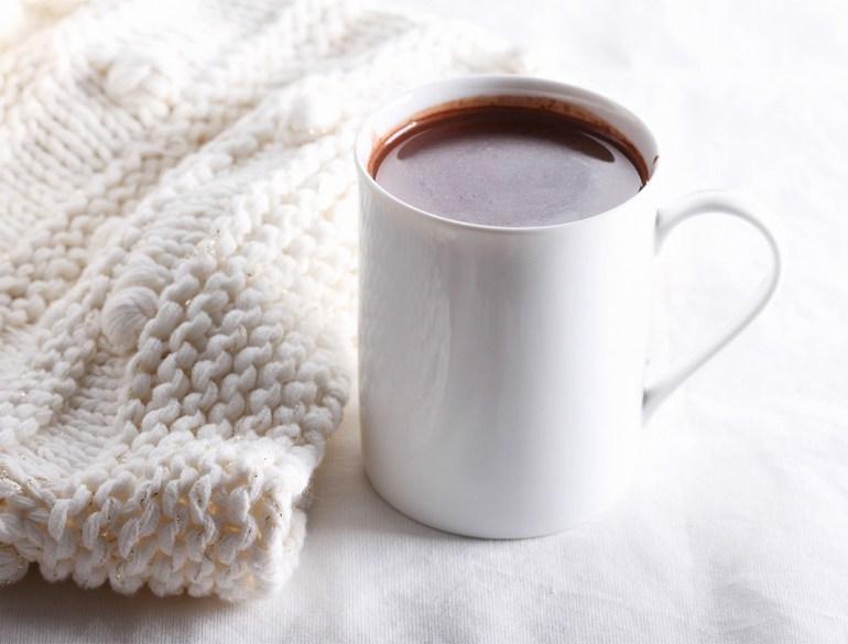 Hot Chocolate Smoothie, Kayla Itsines, breakfast recipe