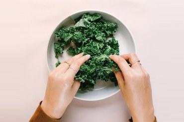 Health Kick, Massaging Kale