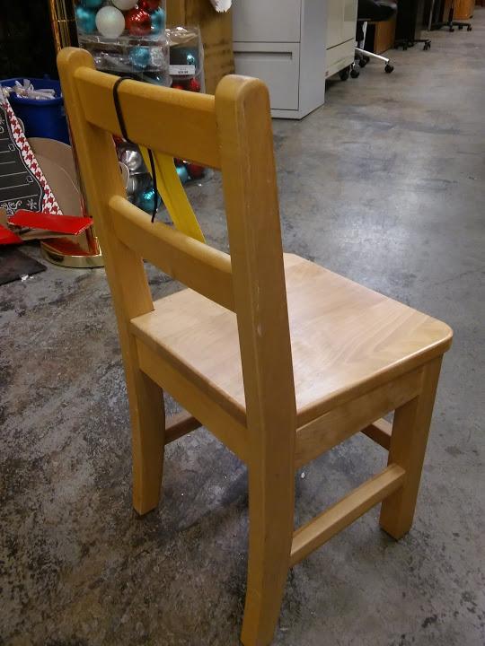 Solid Maple PreKKindergarten Classroom Chairs 12 Seat