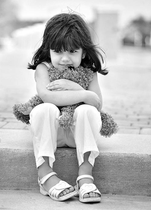 Girl Holding Teddy Bear Wallpapers Little Miracles Wonderful Black And White Photos Amo