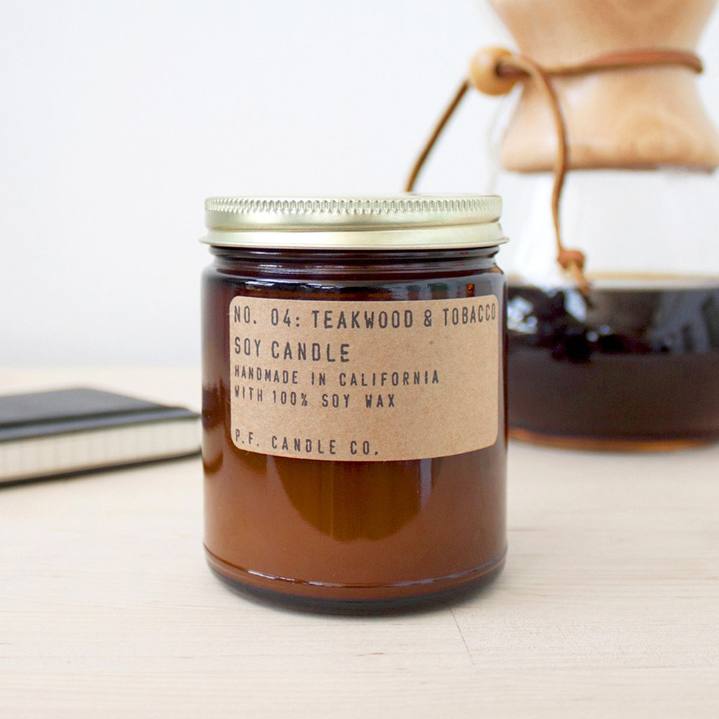 N° 04 Teakwood & Tobacco Bougie P.F. Candle Co.