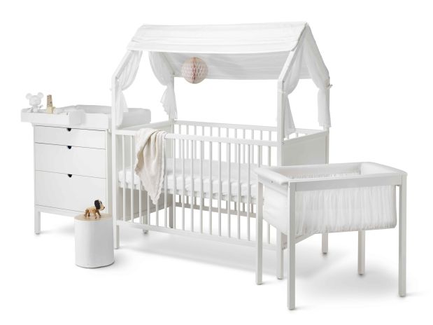Stokke® Home™ Concept. Bed, Dresser with Changer and Cradle. Stokke® Home™ Roof textiles, White.