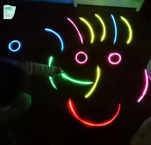 pulseras-luminosas-jugar-e1459889963737