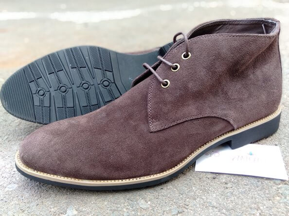 Brown laced suede boot