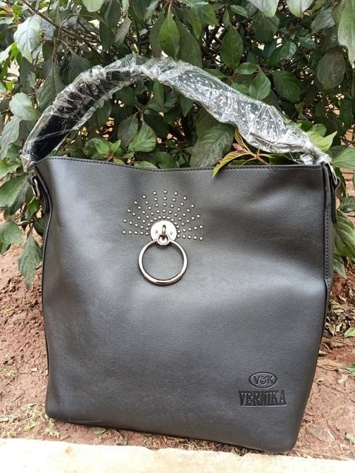 Black ring bag