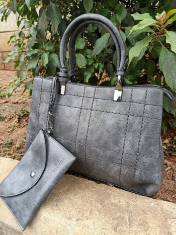Grey thread striped bag