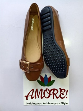 Brown doll shoe with belt