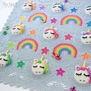 unicorn baby blanket crochet pattern - amorecraftylife.com #baby #crochet #crochetpattern #freecrochetpattern