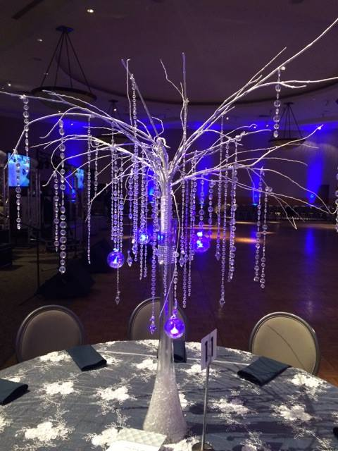 Winter Tree Centerpiece Rental