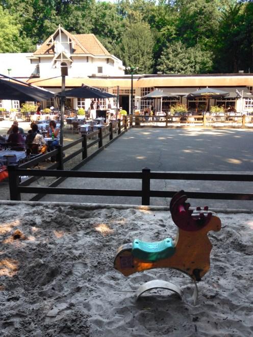 playground patinoire bois de la cambre