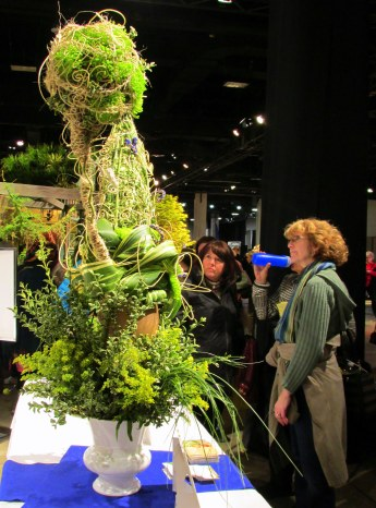 Florist Invitational Wizard Hats & Wands competition: onlookers