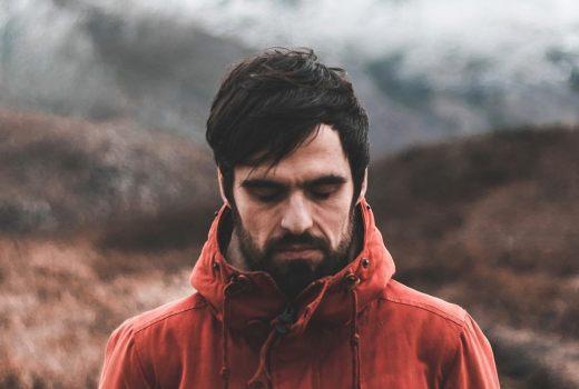 """Santi Araújo: """"Intento que a música me axude a coñecerme e poder expresalo"""""""