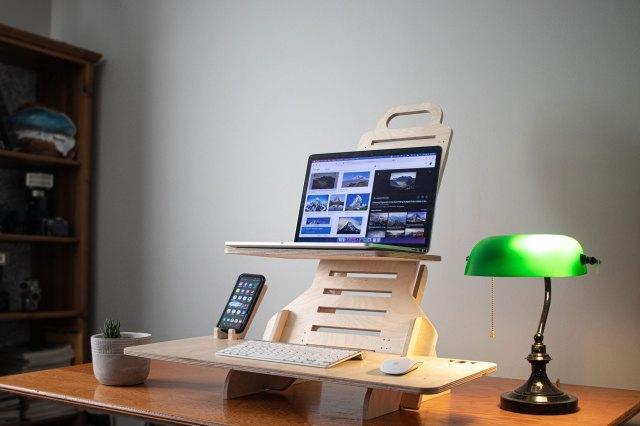 Standing desk fabriqué à Montréal