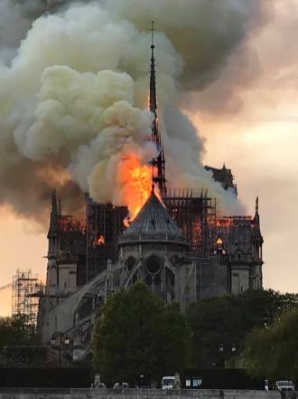 Incendio Catedral de Notre Dame 6