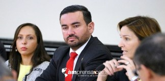 Diputado asegura que régimen chavista llegó a Costa Rica