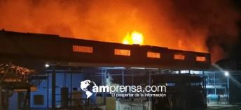 Incendio Bodega Pérez Zeledón