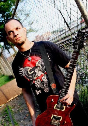 Mark Tremonti interview with Amps and Green Screens