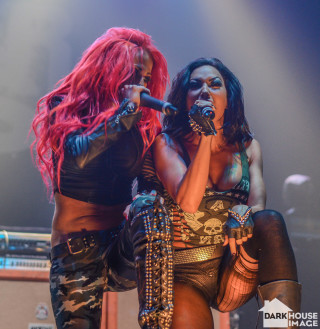 Butcher Babies by Darkhouse Image 2014 (1)