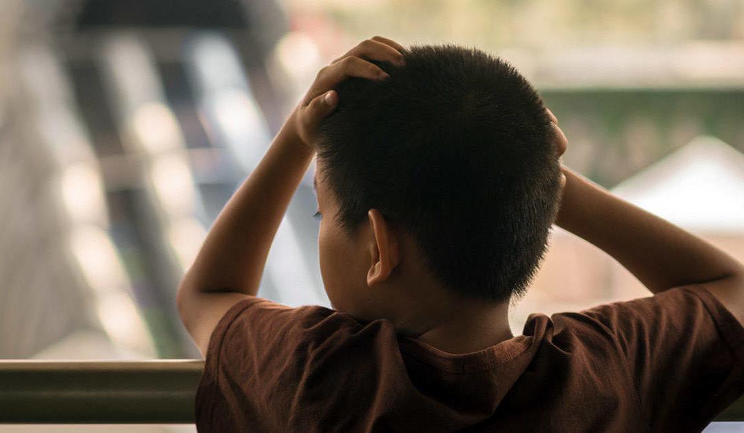 Efectos del confinamiento en casa en los niños.