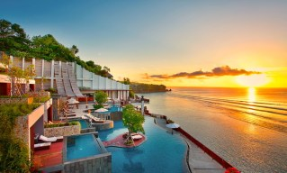 Anantara Uluwatu Resort via thebalibible.com