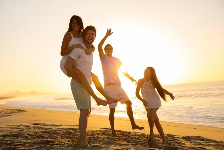 RKGLC-Beach-Friends-Sunset