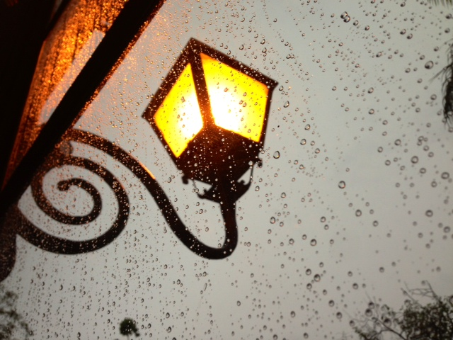the rain and the lamp
