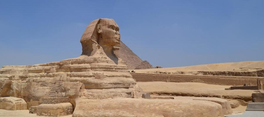 pyramiden hurghada